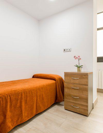 hostal-cervelo-hostales-madrid-habitacion-triple-2